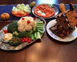 Healthy Halloween Vegetable and Fruit Platters