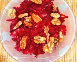 Beets, garlic, olive oil and walnuts