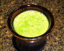 Healthy Smoothie for Breakfast: Spinach, Banana, Orange